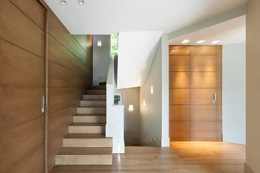 Wood Species: What is Best for Staircase Longevity?